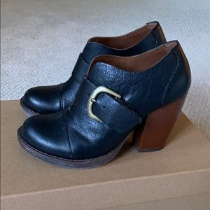 Korks by Kork Ease heeled shoe with buckle detail